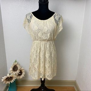 Off-White Lace Overlay Lined Dress - Medium